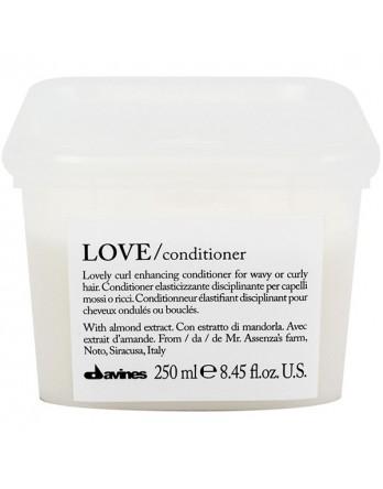 Davines Essential Haircare LOVE/ curl conditioner